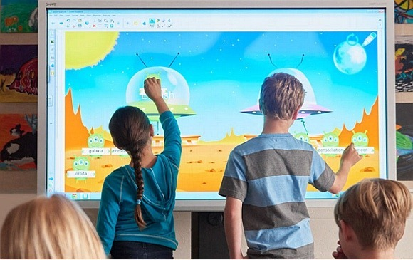 Collaborate-on-a-SMART-Board